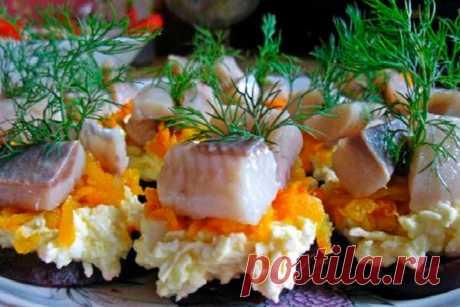 Замечательная фуршетная закуска «Сельдь на меху» к праздничному столу