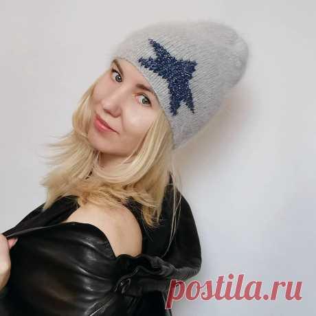 Photo by ВЯЗАНАЯ ОДЕЖДА Di/Ars_knitting on November 04, 2020. На изображении может находиться: 1 человек, шляпа.