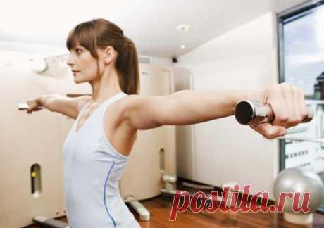 10 упражнений для мышц рук и груди от жира в области подмышек