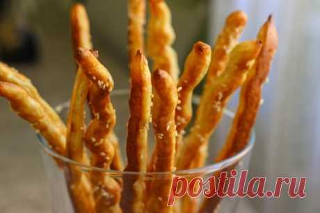 Хлебные соленые палочки — Кулинарная книга - рецепты с фото