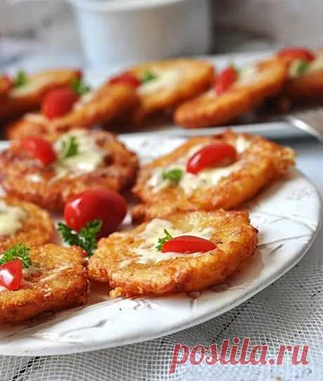 Драники с сыром: как пух! Сырные картофельные оладьи - вкуснейшие, как сливочные - Готовим дома - медиаплатформа МирТесен