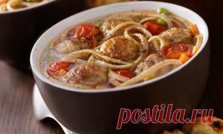 Как приготовить суп, который понравится вашему мужчине: 9 рецептов На любой вкус: со сливками, с фрикадельками, индейкой, бараниной или вообще без мяса.