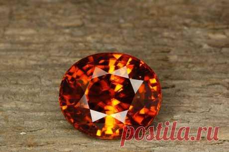 Камень гиацинт: свойства, кому подходит по знаку зодиака и имени, украшения с гиацинтом, магия минерала, значение, как выглядит (фото), цена