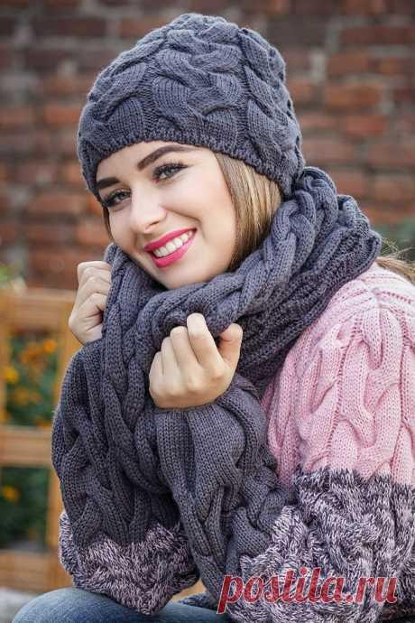 Шапка «Джейни» и шарф хомут широкими косами (Вязание спицами) — Журнал Вдохновение Рукодельницы
