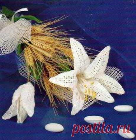 fleur de lys au crochet - Les créations de Salvina