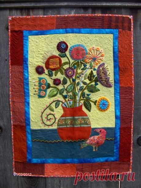 Wool work Flower Vase Quilt | Sue Spargo class started in 20… | Flickr
