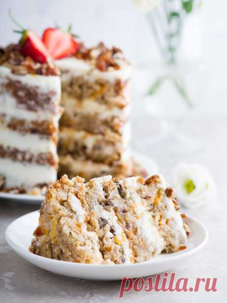 Elena Demyanko: Practically Humming-bird \/ Almost Hummingbird Cake cake