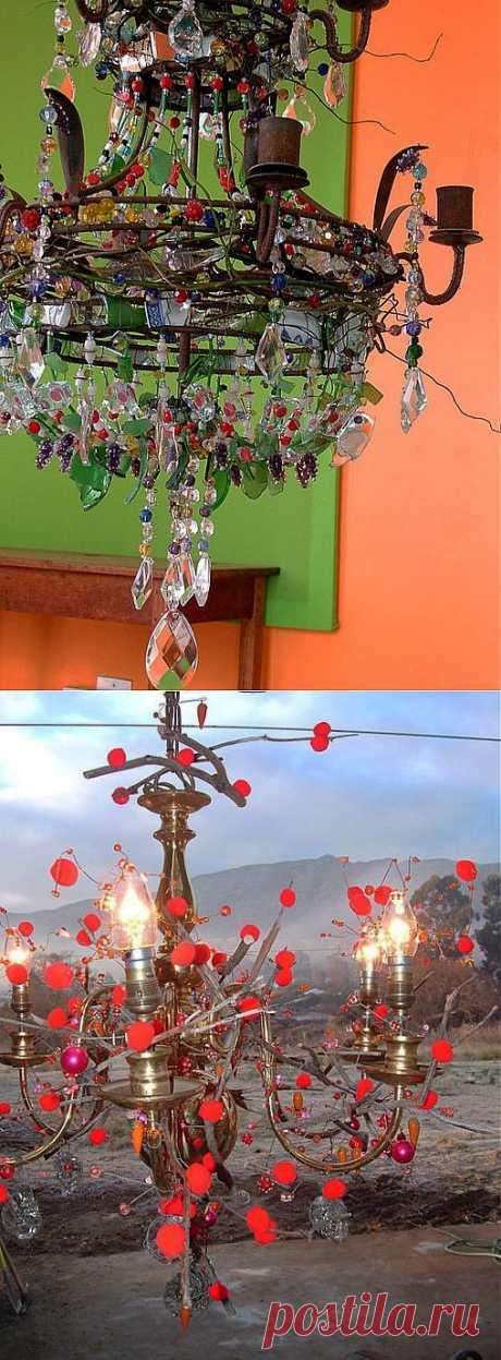 Изумительные люстры и светильники из бросовых материалов..