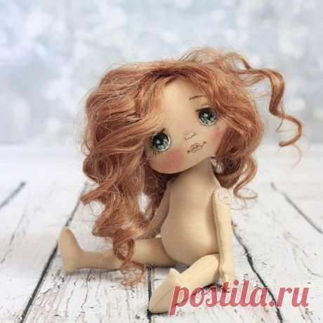 Hermosas muñecas con el mismo patrón - Patrones gratis