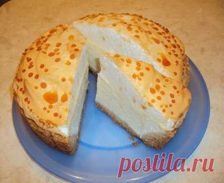 Рецепт волшебного творожного пирога Однажды мне рассказали про рецепт волшебного творожного пирога. Волшебство заключалось в том, что при его полном остывании на поверхности образуются