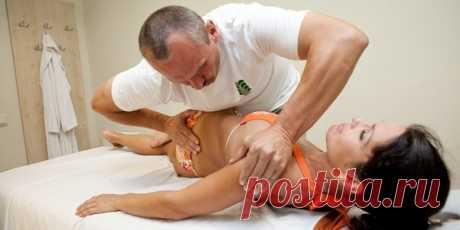 Боль в спине убирается при помощи мануальный техник. Особенно в зимний период, когда холод способствует появлению спазмов, напряжения и болей в пояснице и грудном отделе позвоночника! Посещение мануального терапевта во многих случаях поможет убрать боль без лекарств и уколов!!