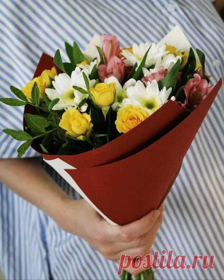 В День Татьяны поздравленья я спешу вам донести, Всем Танюшкам вдохновенья пожелать и доброты!