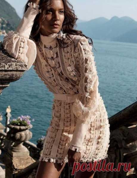 Платье крючком, подборка схем