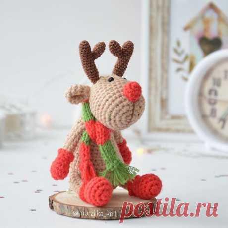 PDF Мастер-класс по вязанию рождественского оленя амигуруми по кличке Красавчик #схемыамигуруми #амигуруми #вязаныеигрушки #вязаныйолень #оленькрючком #amigurumipattern #amigurumi #crochetdeer #amigurumideer #crochetpattern #crochettoy #amigurumitoy