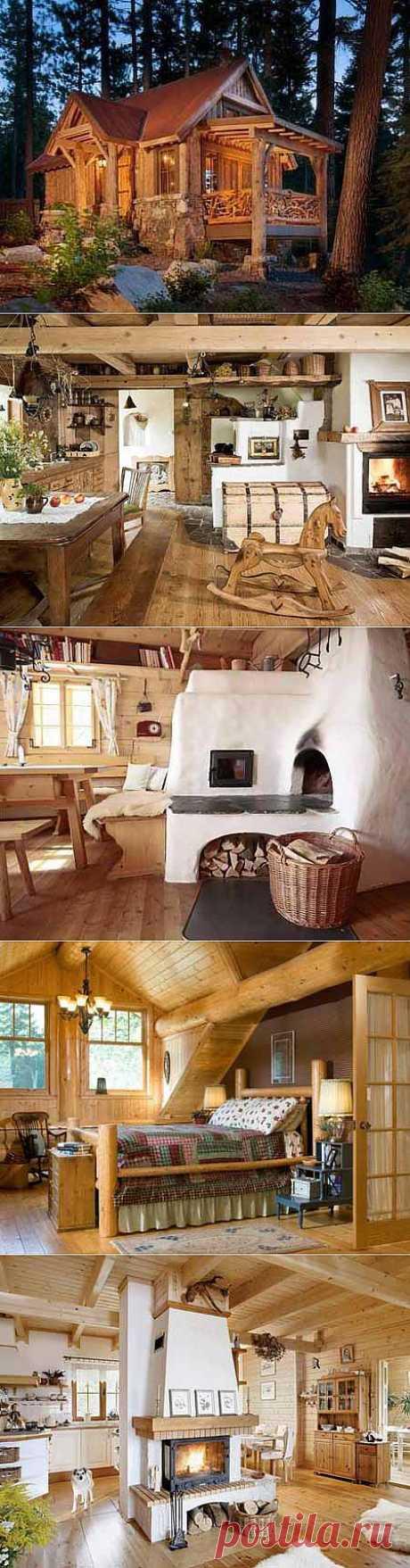 Интерьер деревянного дома - в центре внимания печка