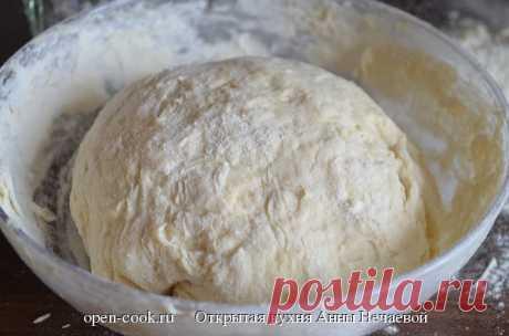 Очень быстрое дрожжевое тесто, пошаговый рецепт с фото Рецепт дрожжевого теста с фотографиями, который станет основой для пирогов, булочек, плюшек, батонов и другой выпечки. Рецепт дрожжевого теста очень прост и доступен