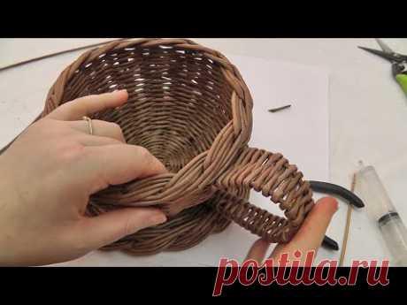 Декоративная ручка для конфетницы из газетных трубочек