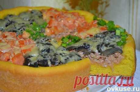 Очень вкусный пирог с мясо-грибной начинкой.