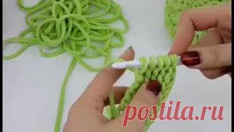 Один из способов связать крючком пояс, лямки или ручку для сумки.