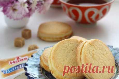 Печенье с творогом Шолпан Приглашаю вас к казахскому дастархану отведать изумительное печенье с творожной прослойкой «Шолпан».