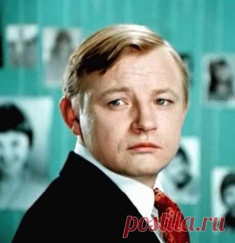 Михаил Кононов – звезда «Большой перемены», переживший самоубийство мамы и предательство любовницы, умер в нищете