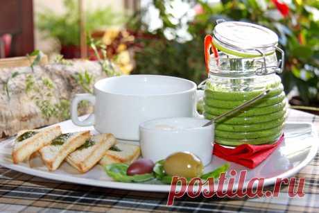 5 рецептов холодных летних супов от шеф-поваров