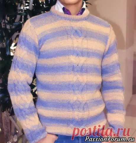 Мужской свитер в полоску и орнаментом.