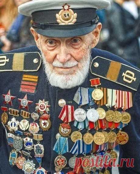 Многие видели фото этого человека, но кто он?