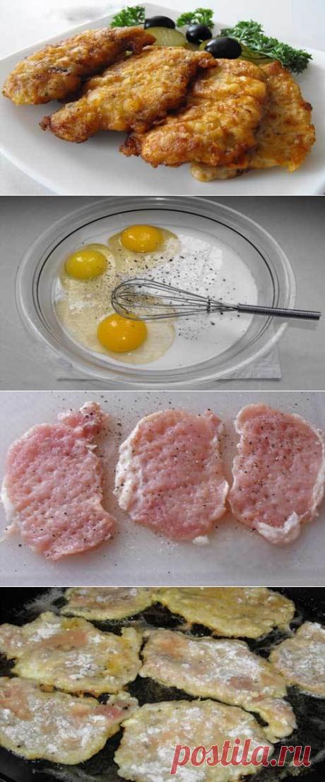 Как приготовить свиные отбивные в кляре - рецепт, ингридиенты и фотографии Свиная вырезка – 500 грамм; Яйца – 3 штуки; Чеснок – зубчик; Мука – 8-10 столовых ложек; Соль, перец – по вкусу; Молоко – половина стакана;