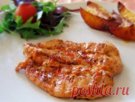 Запеченные куриные грудки в сливочном соусе - Веселая Кухня