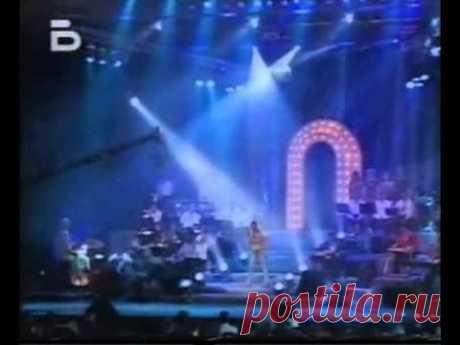 ЛИЛИ ИВАНОВА: МОРЕ НА МЛАДОСТTА, LIVE 2011 / MORE NA MLADOSTTA - YouTube