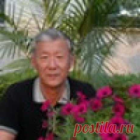 Тимофей Ли