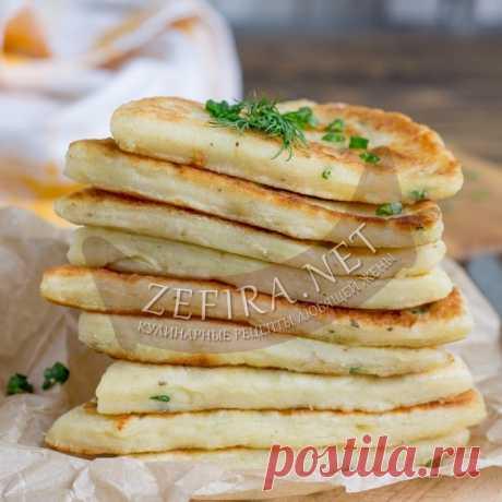Лепешки из картофельного пюре жаренные на сковороде — Кулинарные рецепты любящей жены