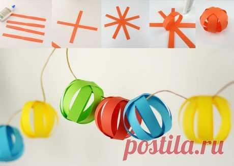 ГИРЛЯНДА СВОИМИ РУКАМИ. Интересная идея - как можно сделать новогоднюю гирлянду своими руками из полос бумаги. По такому же принципу легко сделать снеговика, или смастерить белоснежную, а не цветную как на фото гирлянду.
