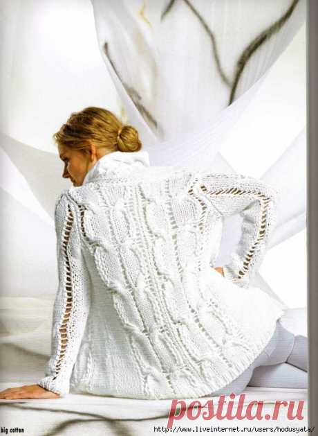 Белая кофта с косами. Вязание.