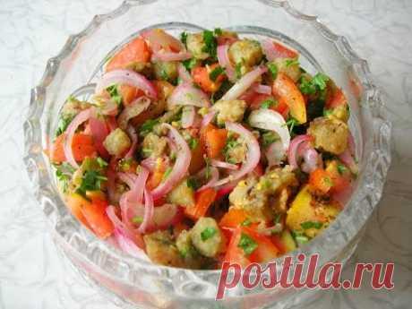 Eggplants and tomatoes salad