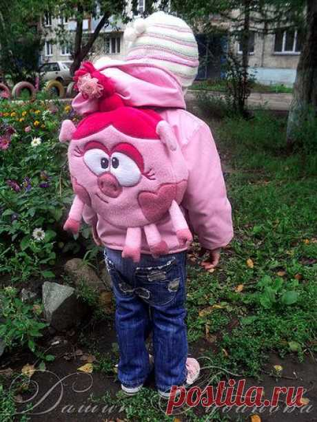 """Backpack in the form of Nyusha from an animated cartoon Смешарики"""". Master class."""