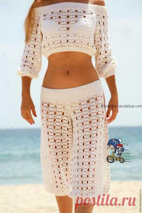 Пляжный комплект крючком Пляжный комплект крючком. Летний комплект шорты+ кофточка узором дырочка
