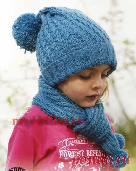 Как связать теплые шарф и шапочку спицами для девочки на 3-12 лет: описание вязания на Колибри. Студия Дропс назвала его Sea dream, что в переводе - морская мечта.