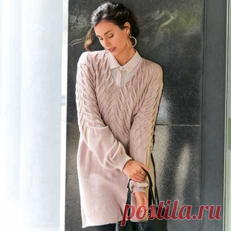 Удлиненный пуловер с узором из «кос»  Нежный розовый оттенок ибезупречные «косы» на кокетке придают этому слегка расклешенному удлиненному пуловеру особенный характер. Кстати, эту модель можно носить как мини-платье.  Размер 40/42  ВАМ ПОТРЕБУЕТСЯ Пряжа (90% натуральной шерсти, 10% кашемира; 160 м/50 г) — 550 г цв. пудры; спицы №3 и 4.  УЗОРЫ И СХЕМЫ  ЛИЦЕВАЯ ГЛАДЬ Лицевые ряды — лицевые петли, изнаночные ряды — изнаночные петли.  УЗОР ИЗ «КОС» (НА 86 ПЕТЕЛЬ) Вязать согл....