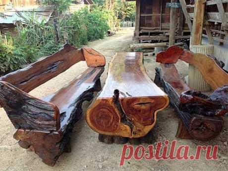 Долговечный комплект дачной мебели.