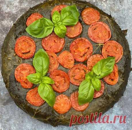 Долма-пирог из виноградных листьев