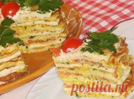 Кабачково-куриный тортик с овощами.