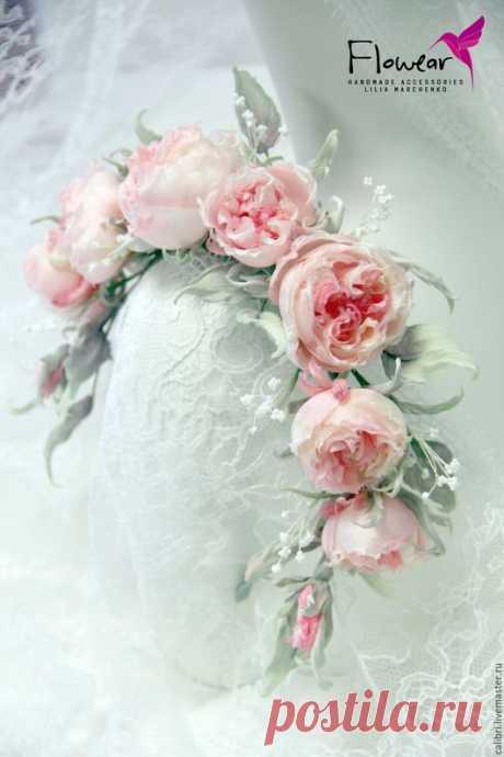 """Купить """"Pomponella"""" - ободок с розами. Цветы из шелка. - коралловый, розы из шелка, коралловые розы"""