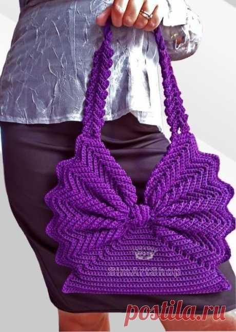 Очень красивая необычная сумочка крючком Для наших рукодельниц!