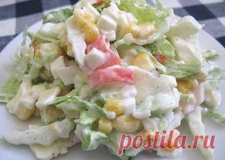 Быстрый и вкусный салат с пекинской капустой и крабовыми палочками