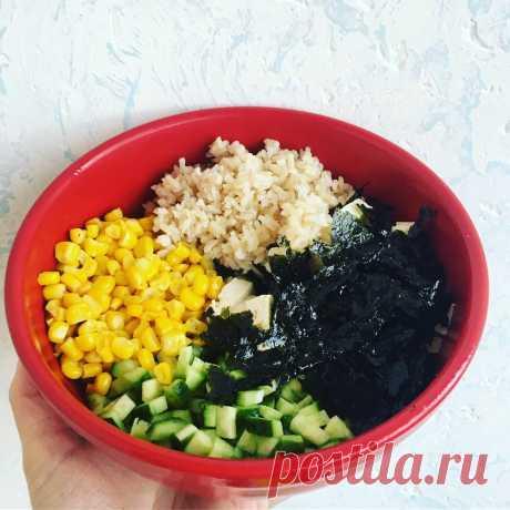 Полезный псевдо-крабовый салат. Вкусно, быстро, постно | Хитрая Мама | Яндекс Дзен