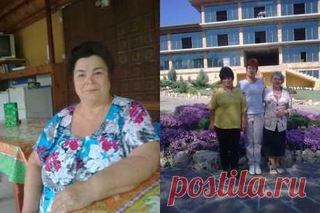 Людмила, 67 лет, избавилась от 16 кг Здравствуйте, дорогие женщины, склонные к полноте. Меня зовут Людмила, мне 67 лет, и я всю жизнь была полной, но не безобразной. А с 50 лет стала прибавлять в весе катастрофически, по два-три килограмма в год. В результате к 65 годам стала весить 96 кг при росте 153 см. Эта огромная масса тела сделала своё чёрное …