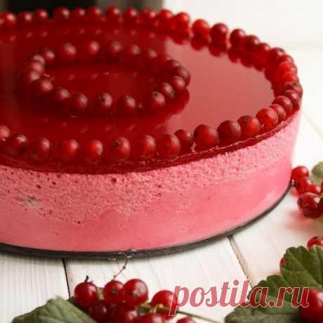 """Муссовый торт """"Красная смородина"""". Сборка из бисквита вырезать круг диаметром 18 см"""