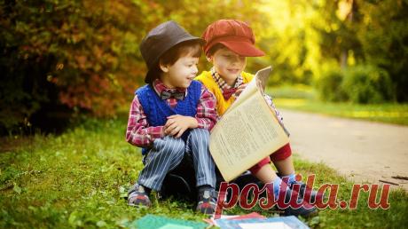 10 способов подружить ребенка с книгами >> Слово детскому психологу Екатерине Ильичевой Не буду долго рассказывать о пользе чтения и о том, какое влияние оказывают книги на развитие детей. Поделюсь с вами своим опытом и расскажу, как привить ребенку интерес к чтению — P.S. Захватывающие и полезные книги для детей любого возраста до 27 мая со скидкой 20% на сайте издательства.
